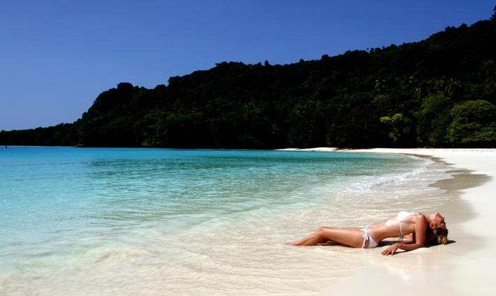 CHAMPAGNE BEACH   Book Vanuatu Travel   Hotels & Tours   Flights